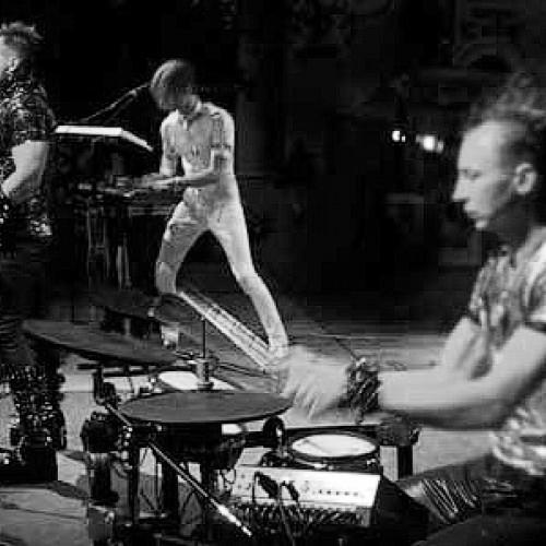 Rostany презентовали «живую» музыку