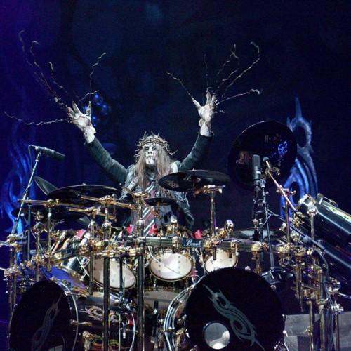 Из Slipknot ушёл барабанщик