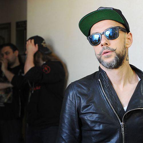 Музыкантов группы Behemoth депортируют из России по решению суда
