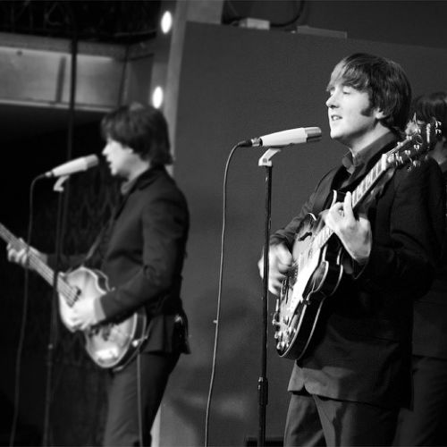 The Cavern Beatles: «Now everybody goes crazy»