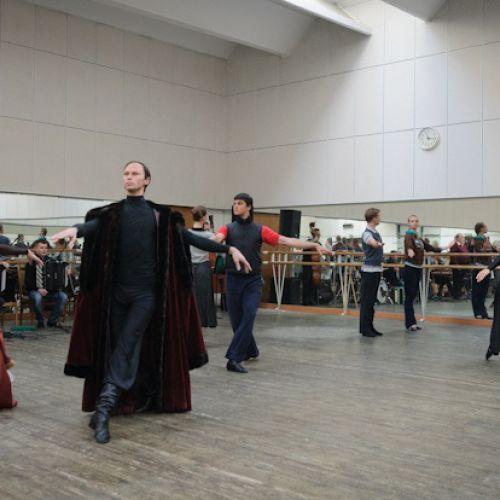 Репетиция Белорусского государственного хореографического ансамбля «Харошкі»