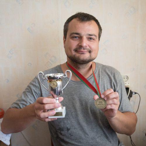 Максим Ивашин: «В Штатах я играл на клавишах в церкви и зарабатывал 100 долларов в час»
