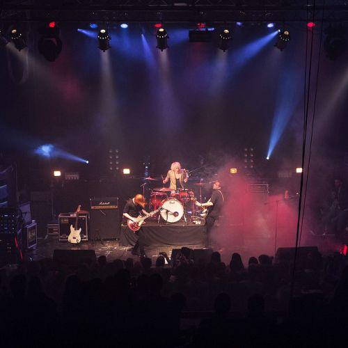 «Предсмертный» концерт группы The Toobes