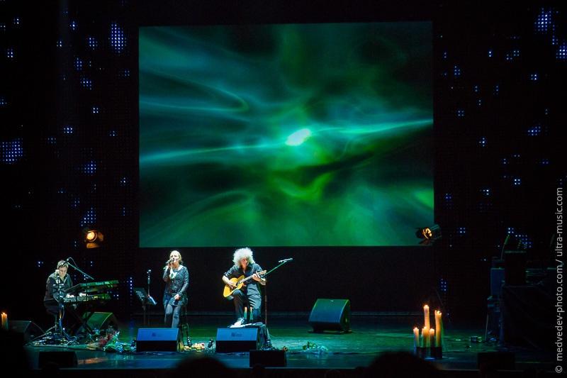 Brian May & Kerry Ellis
