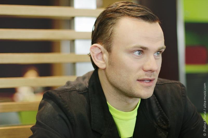 Павел Невмержицкий, Pavel Nevmerzhitzki, Gogol Bordello
